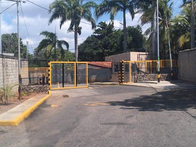 Casa Lara>Barquisimeto>El Manzano - Venta:44.442.000.000 Precio Referencial - codigo: 18-139
