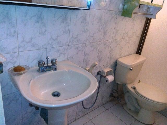 Apartamento Distrito Metropolitano>Caracas>El Marques - Venta:170.930.000.000 Precio Referencial - codigo: 18-147