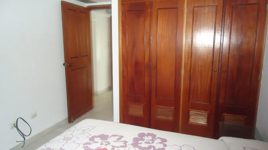 Apartamento Anzoategui>Lecheria>Casco Central - Venta:36.644.000.000 Precio Referencial - codigo: 18-162
