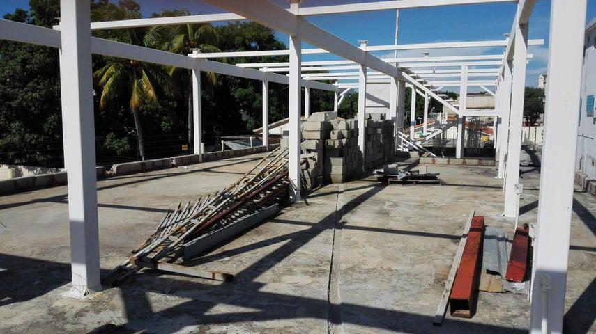 Casa Zulia>Maracaibo>La Limpia - Venta:307.686.000.000 Precio Referencial - codigo: 18-188