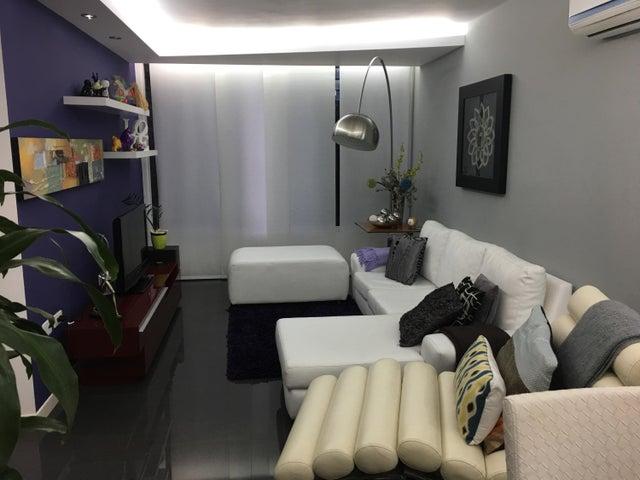 Apartamento Distrito Metropolitano>Caracas>Colinas de La Tahona - Venta:16.326.000 Precio Referencial - codigo: 18-205