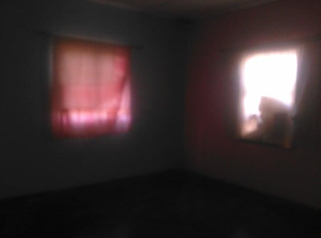 Casa Falcon>Punto Fijo>Los Taques - Venta:748.000 Precio Referencial - codigo: 18-206