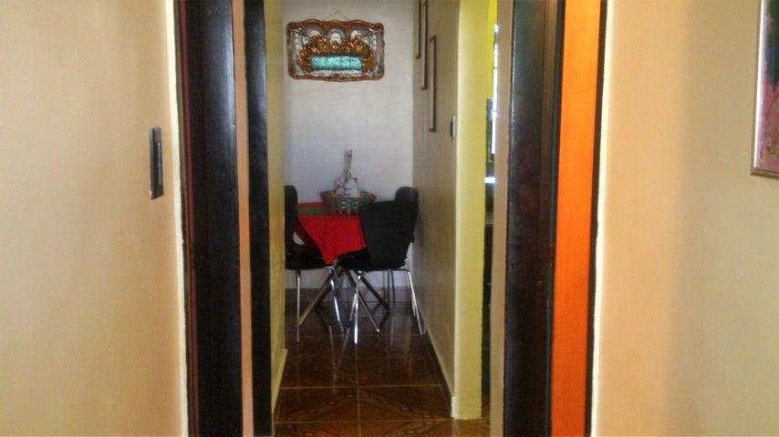 Casa Carabobo>Municipio Los Guayos>Buenaventura - Venta:23.930.000.000 Precio Referencial - codigo: 18-209