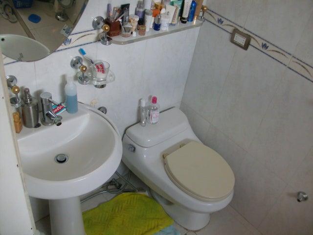 Apartamento Distrito Metropolitano>Caracas>Colinas de Bello Monte - Venta:31.758.000.000 Precio Referencial - codigo: 18-226
