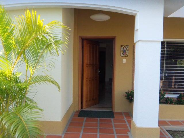 Casa Zulia>Maracaibo>Avenida Universidad - Venta:1.281.977.000.000 Precio Referencial - codigo: 18-235