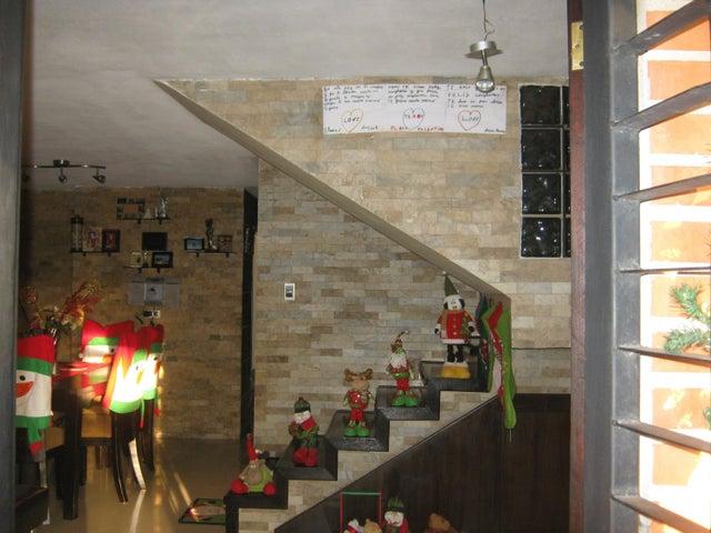 Casa Carabobo>Municipio Naguanagua>El Rincon - Venta:21.375.000.000 Precio Referencial - codigo: 18-237