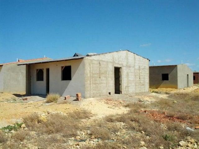 Casa Falcon>Punto Fijo>Puerta Maraven - Venta:2.321.000.000 Bolivares - codigo: 18-240