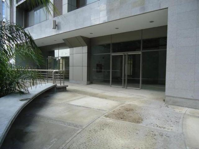 Local Comercial Distrito Metropolitano>Caracas>Santa Paula - Venta:2.612.583.000  - codigo: 18-243