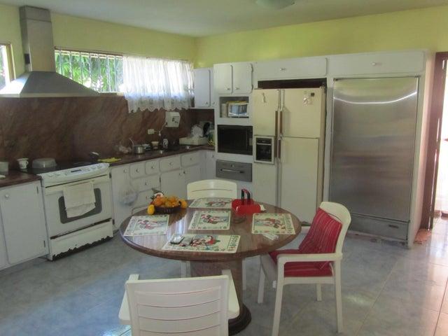 Casa Distrito Metropolitano>Caracas>Prados del Este - Venta:2.533.883.000.000 Precio Referencial - codigo: 18-274