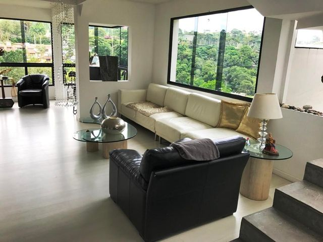 Casa Distrito Metropolitano>Caracas>La Union - Venta:651.570.000.000 Precio Referencial - codigo: 18-275
