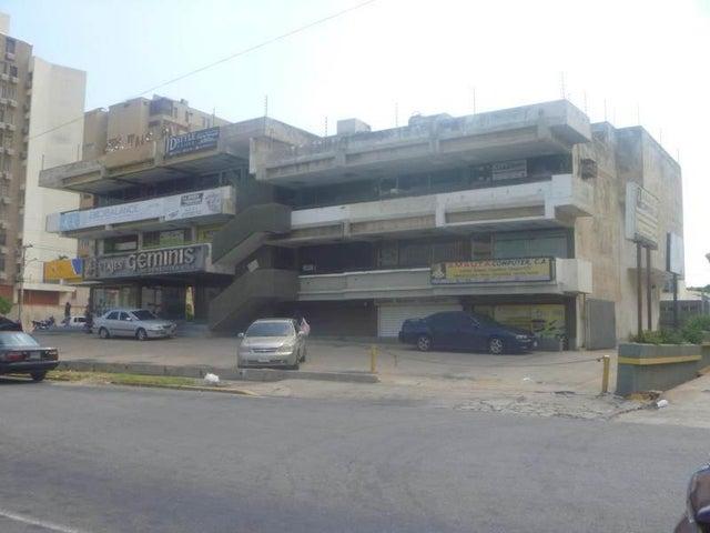 Local Comercial Zulia>Maracaibo>Indio Mara - Venta:18.322.000.000 Precio Referencial - codigo: 18-276