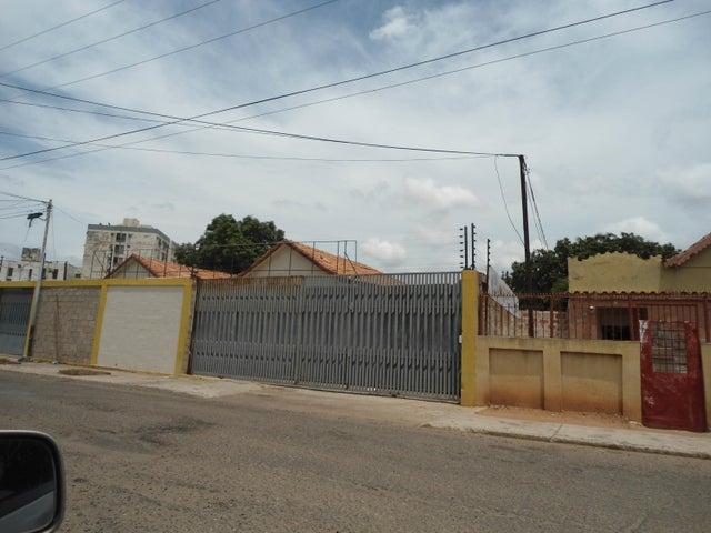 Galpon - Deposito Zulia>Maracaibo>La Limpia - Alquiler:24.000.000  - codigo: 18-277