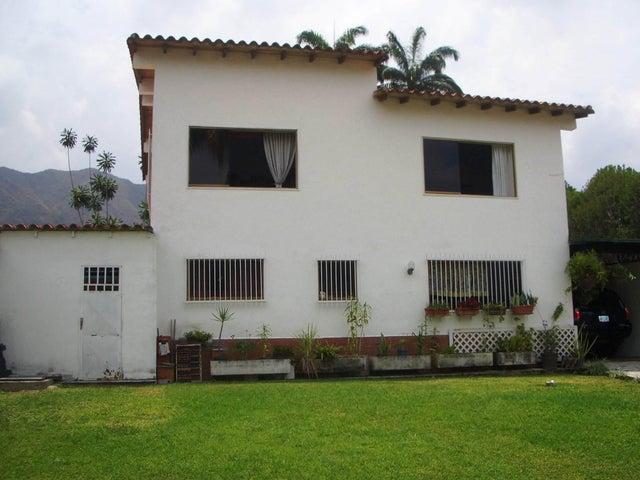 Casa Aragua>Maracay>El Castaño (Zona Privada) - Venta:13.759.000  - codigo: 18-343