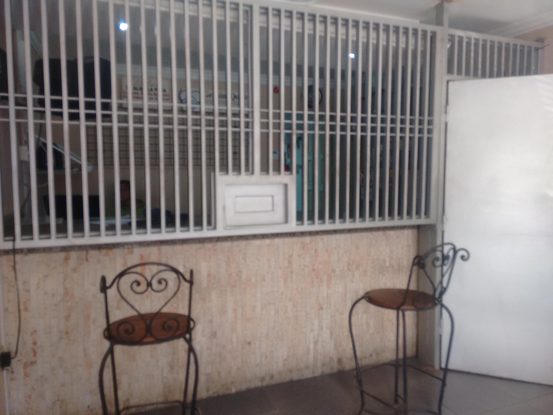 Galpon - Deposito Zulia>Maracaibo>Cecilio Acosta - Venta:91.609.000.000 Precio Referencial - codigo: 18-355
