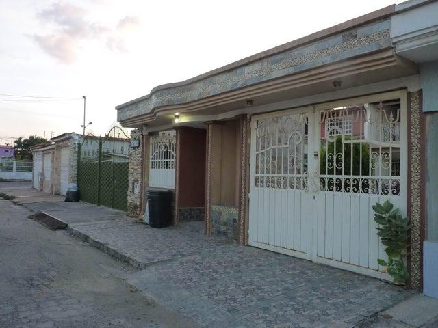 Casa Aragua>Turmero>Los Overos - Venta:6.254.000 Precio Referencial - codigo: 18-359
