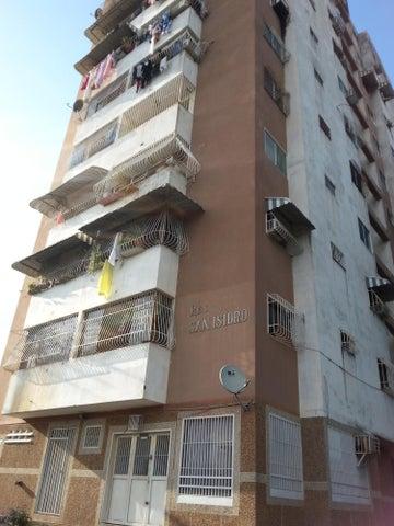 Apartamento Miranda>Cua>Centro - Venta:438.000 Precio Referencial - codigo: 18-367