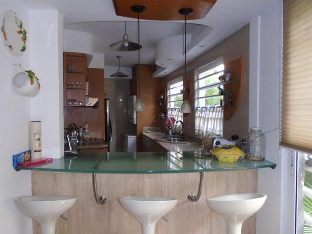Apartamento Distrito Metropolitano>Caracas>Los Naranjos de Las Mercedes - Venta:345.188.000 Precio Referencial - codigo: 18-369