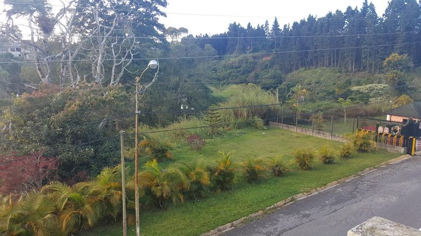 Apartamento Miranda>Carrizal>Llano Alto - Venta:11.538.000.000 Bolivares Fuertes - codigo: 18-529