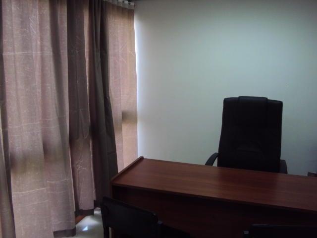 Oficina Distrito Metropolitano>Caracas>Los Ruices - Venta:60.000 Precio Referencial - codigo: 18-551