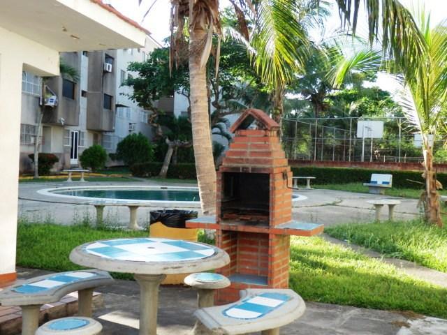 Apartamento Miranda>Higuerote>Higuerote - Venta:29.033.000.000 Precio Referencial - codigo: 18-576