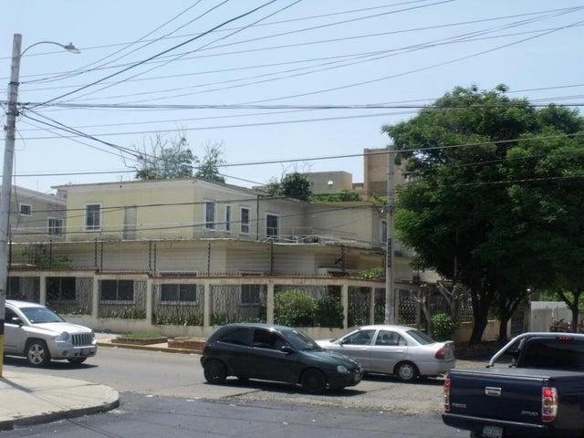 Edificio Zulia>Maracaibo>Santa Maria - Venta:3.537.000 Precio Referencial - codigo: 18-883