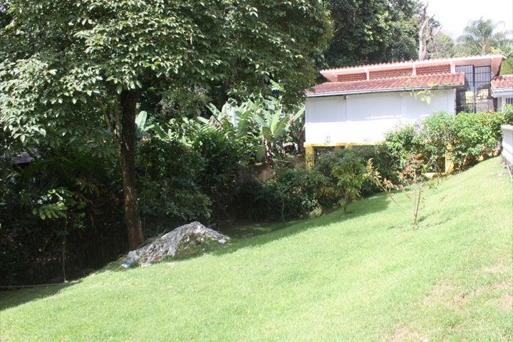 Casa Distrito Metropolitano>Caracas>Los Guayabitos - Venta:280.000 Precio Referencial - codigo: 18-778