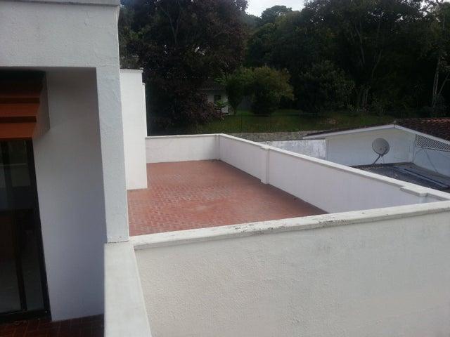 Casa Distrito Metropolitano>Caracas>Los Geranios - Alquiler:162.000.000 Bolivares - codigo: 18-333