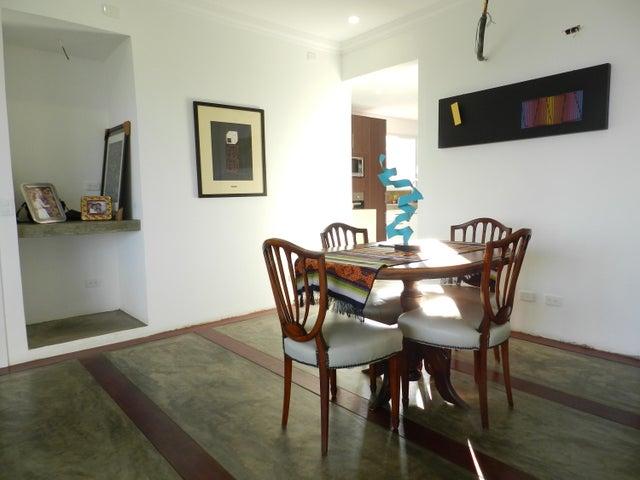 Apartamento Distrito Metropolitano>Caracas>Alto Hatillo - Venta:145.000 Precio Referencial - codigo: 18-846