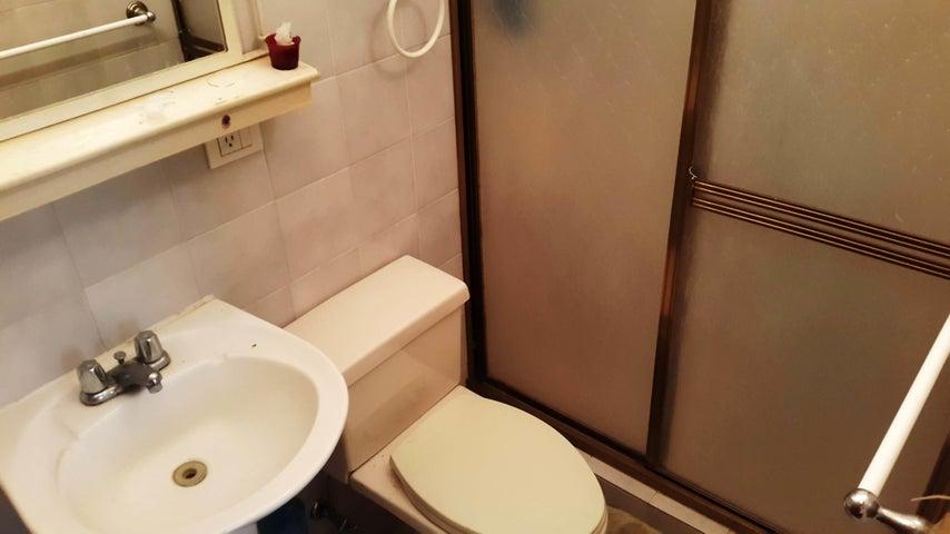 Apartamento Aragua>Maracay>La Soledad - Venta:29.462.000 Precio Referencial - codigo: 18-861