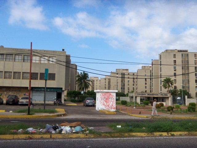 Casa Zulia>Maracaibo>La Trinidad - Venta:1.489.000 Precio Referencial - codigo: 18-953