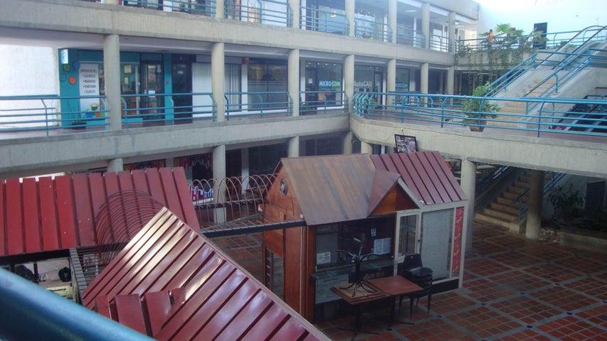 Local Comercial Lara>Barquisimeto>Del Este - Venta:1.117.000 Precio Referencial - codigo: 18-979