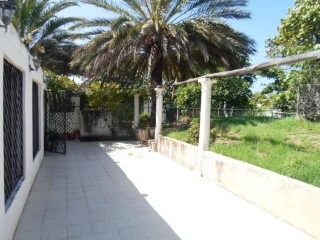 Casa Nueva Esparta>Margarita>Bahía de Plata - Venta:8.000 Precio Referencial - codigo: 18-1130