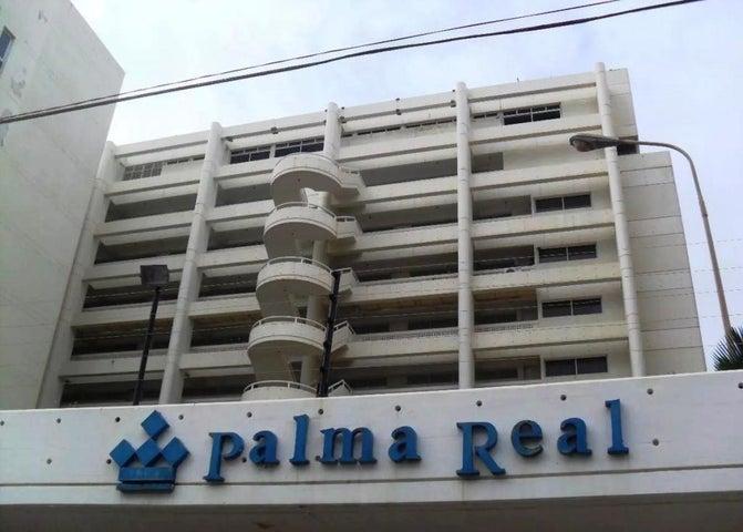 Apartamento Vargas>Parroquia Caraballeda>Caribe - Venta:40.000 Precio Referencial - codigo: 18-1216