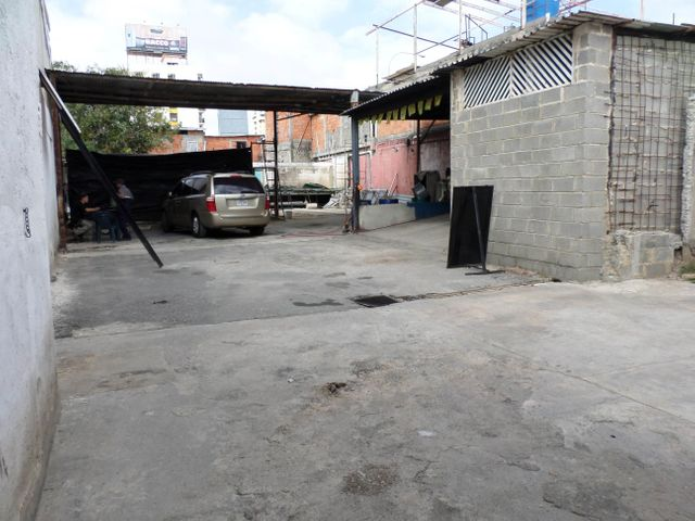 Local Comercial Lara>Barquisimeto>Parroquia Catedral - Venta:9.308.000 Precio Referencial - codigo: 18-1287