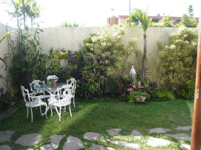 Casa Distrito Metropolitano>Caracas>Oripoto - Venta:290.000 Precio Referencial - codigo: 18-1407