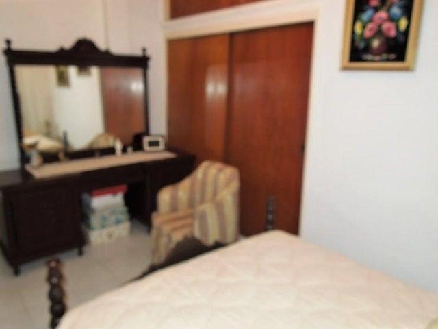 Casa Anzoategui>El Tigre>Sector Avenida Intercomunal - Venta:60.000 US Dollar - codigo: 18-1471