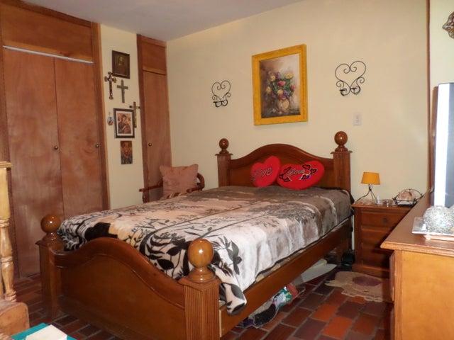 Apartamento Lara>Barquisimeto>Parroquia Catedral - Venta:15.000 US Dollar - codigo: 18-1529