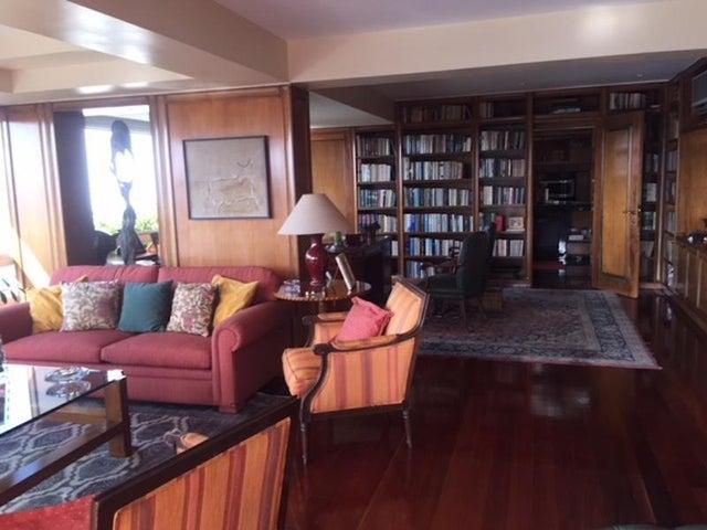Apartamento Distrito Metropolitano>Caracas>Los Palos Grandes - Venta:609.280.000.000 Precio Referencial - codigo: 18-1593