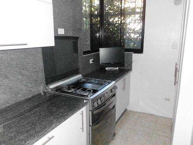 Apartamento Miranda>Guatire>El Castillejo - Venta:2.560.000.000 Bolivares Fuertes - codigo: 17-15489