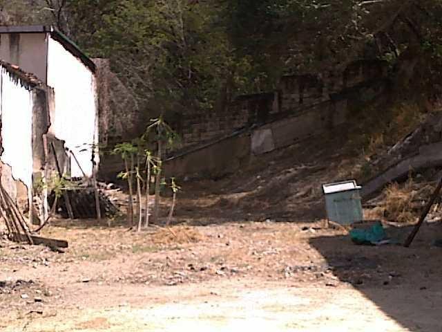Terreno Aragua>Maracay>Avenida 19 de Abril - Venta:42.751.000.000 Precio Referencial - codigo: 18-172