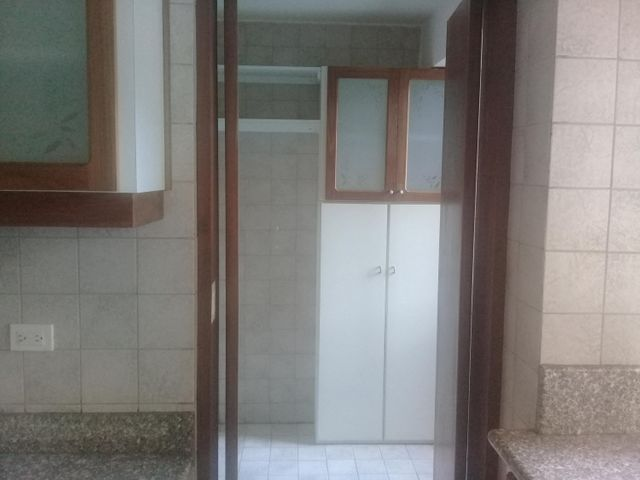 Apartamento Distrito Metropolitano>Caracas>La Boyera - Venta:90.000 Precio Referencial - codigo: 18-2187