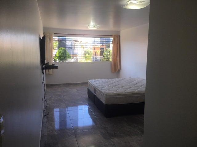 Casa Miranda>Charallave>Vista Real - Venta:37.000 Precio Referencial - codigo: 18-1753