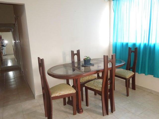 Apartamento Anzoategui>El Tigre>Sector Avenida Intercomunal - Alquiler:20.000.000 Bolivares Fuertes - codigo: 18-3694