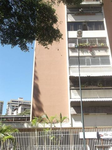 Local Comercial Distrito Metropolitano>Caracas>La Urbina - Venta:60.000 Precio Referencial - codigo: 18-1828