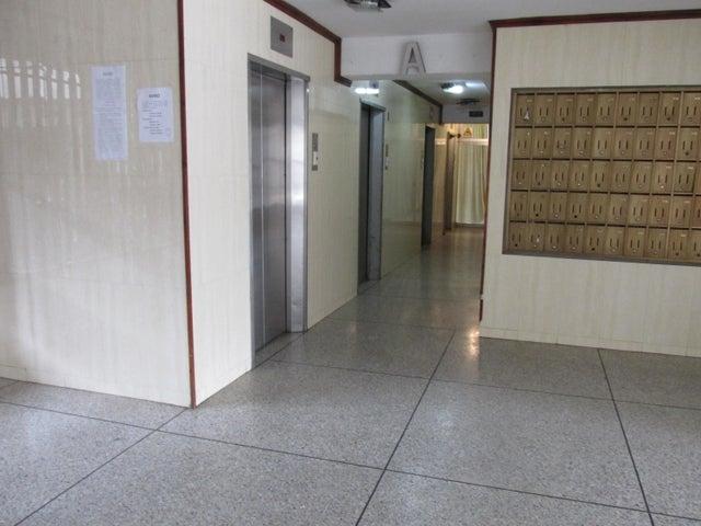 Apartamento Distrito Metropolitano>Caracas>Parroquia Santa Teresa - Venta:2.217.000 Precio Referencial - codigo: 18-2032