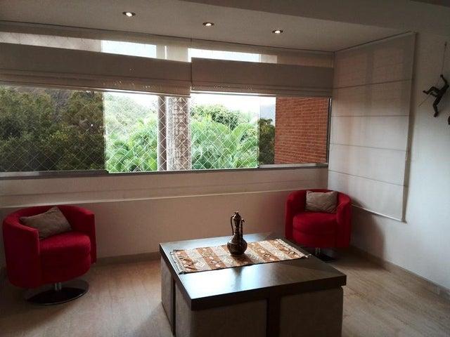 Apartamento Distrito Metropolitano>Caracas>Los Naranjos del Cafetal - Venta:250.000 Precio Referencial - codigo: 18-1913