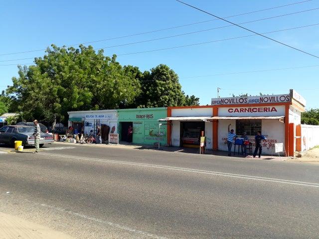 Local Comercial Zulia>Santa Cruz de Mara>Via Principal - Venta:4.061.000.000 Bolivares - codigo: 18-2205