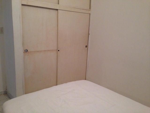 Apartamento Nueva Esparta>Margarita>Porlamar - Venta:8.500 US Dollar - codigo: 18-1930