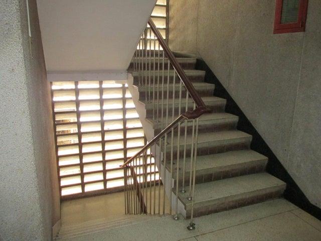 Apartamento Distrito Metropolitano>Caracas>Bello Monte - Venta:26.654.000.000 Precio Referencial - codigo: 18-2028