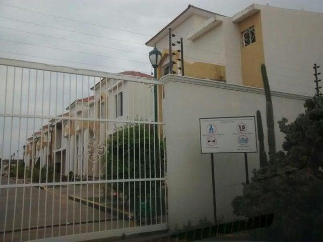 Townhouse Zulia>Ciudad Ojeda>Bermudez - Venta:170.930.000.000 Precio Referencial - codigo: 17-2252